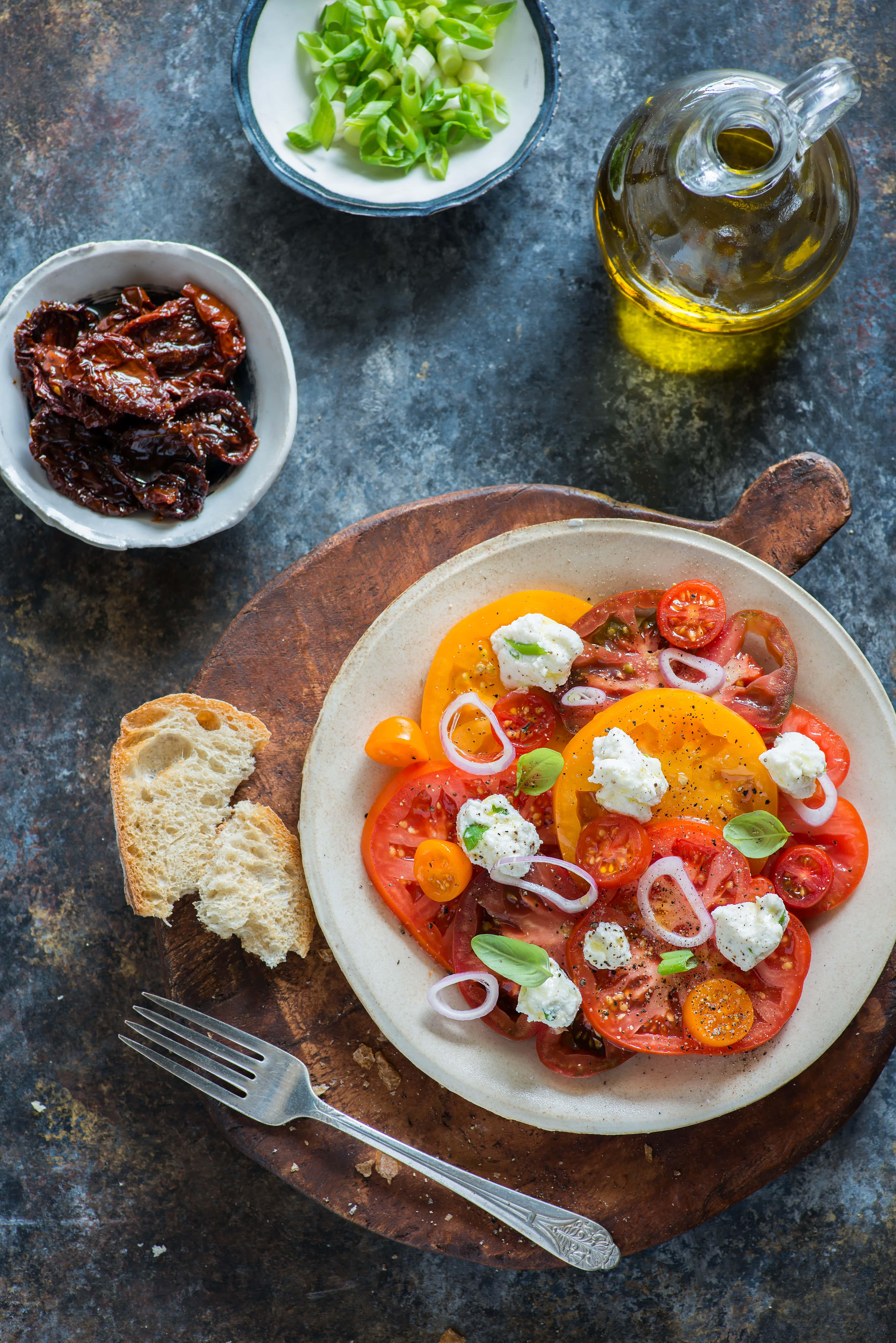colorful-heirloom-tomato-salad-PAMWBL8-min